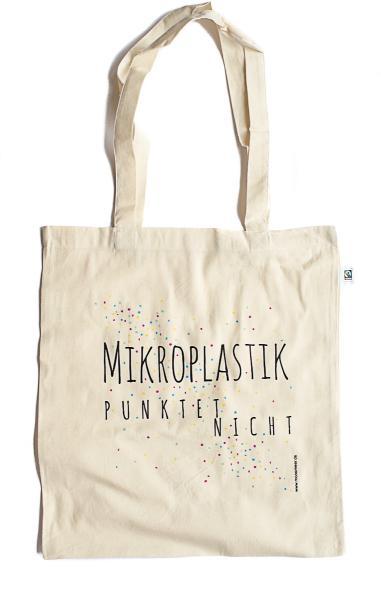 """Stoffbeutel mit der Aufschrift """"Mikroplastik punktet nicht"""""""