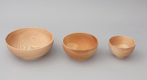 3 verschiedene Holzschüsseln
