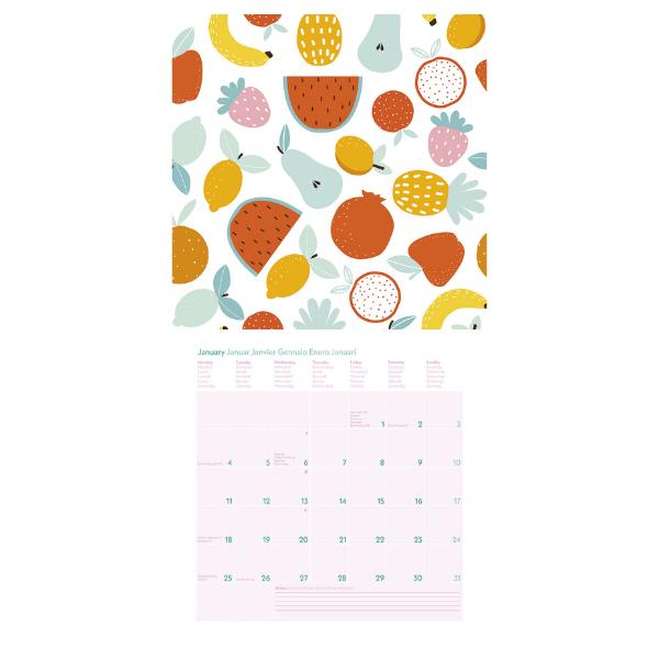 Aufgeklappter Wandkalender 2021